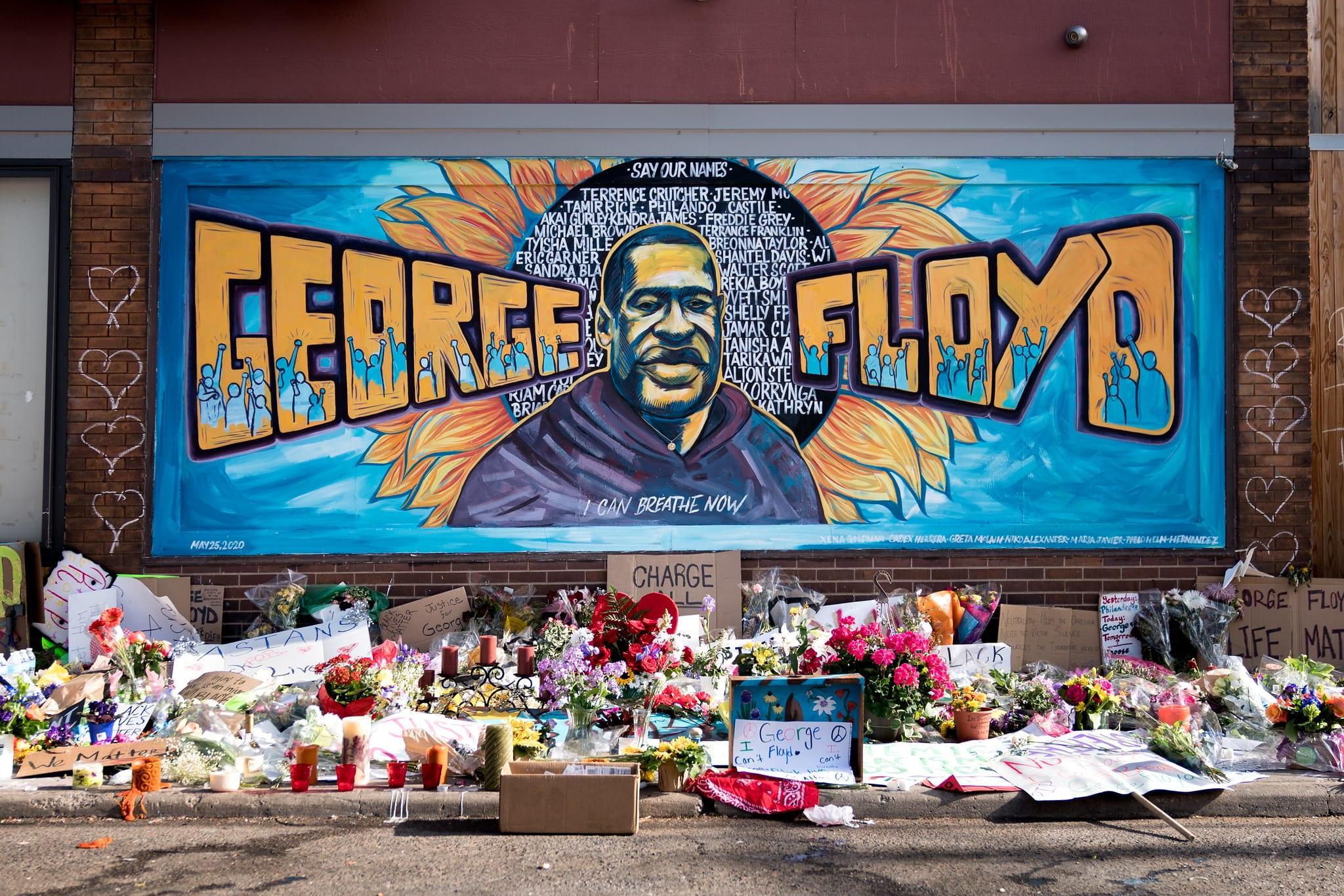 George Floyd mural in Minneapolis, door Xena Goldman, Cadex Herrera, en Greta McLain. Foto: Lorie Shaull